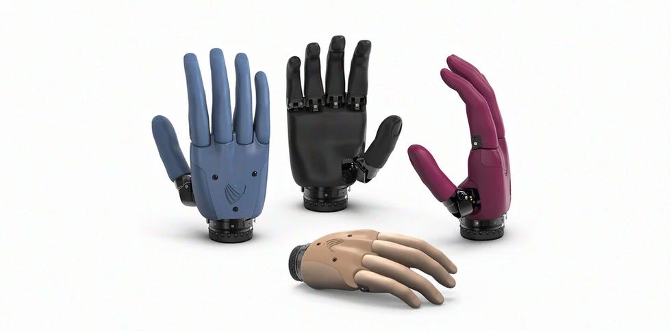 VINCENTyoung3Самая популярная протезная кисть для детей и подростков теперь выпускаетсяне только в черном цвете, но и в Телесном, Голубом и Ежевичном.
